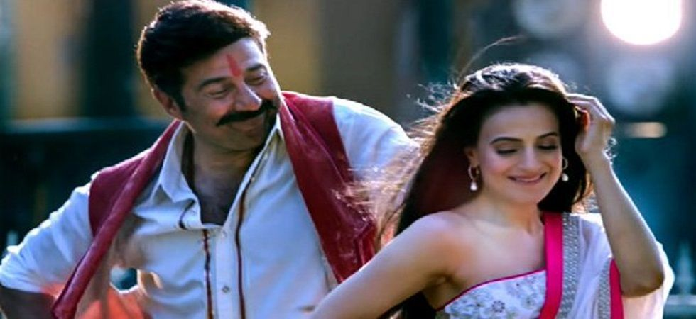 I've never read a script in my career says Sunny Deol (Photo: Twitter)