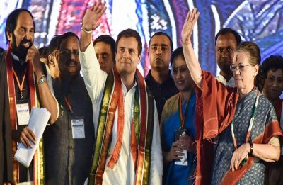 Telangana Elections: Sonia Gandhi addresses maiden rally, accuses KCR of running 'family rule'