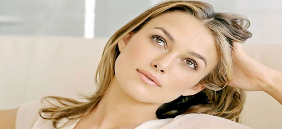 Keira Knightley, Keeley Hawes to star in 'Misbehaviour'