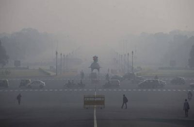Delhi Pollution: Smog blankets national capital, air quality drops to 'very poor'