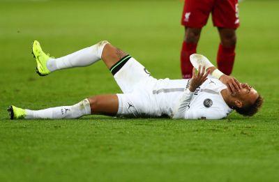 Neymar injury mars Paris Saint-Germain's Ligue 1 match against Bordeaux