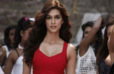 What is keeping Kriti Sanon away from 'LOVE STORY'