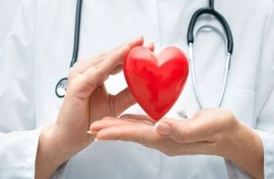 Gujarat doctor performs world's first robotic heart surgery 30 km away from patient, creates history