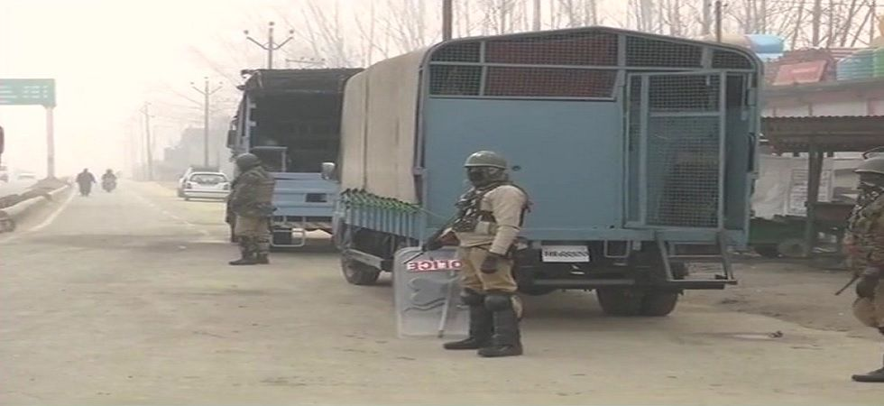 Five security personnel have been injured in the encounter (Photo: Twitter@ANI)