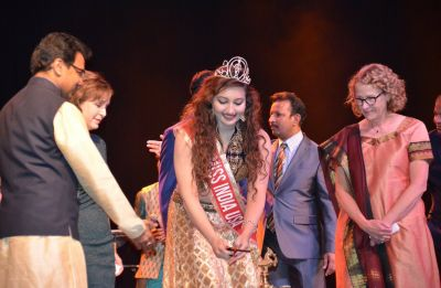 Shree Saini from USA crowned Miss India Worldwide 2018