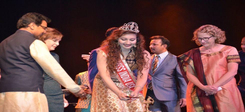 Shree Saini from USA crowned Miss India Worldwide 2018 (Twitter photo)