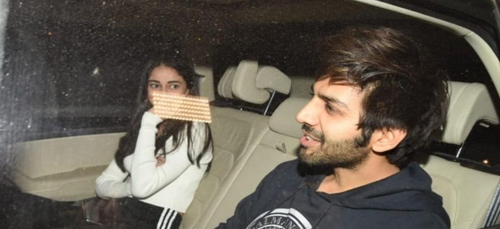 Kartik Aaryan and Ananya Pandey spotted enjoying evening date together (Photo: Twitter)