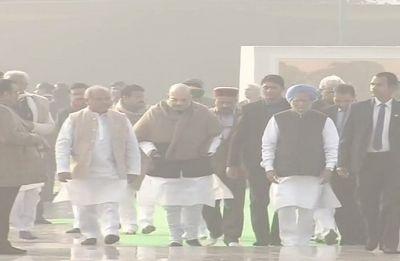 Atal Bihari Vajpayee birth anniversary: PM Modi, Manmohan Singh pay tributes