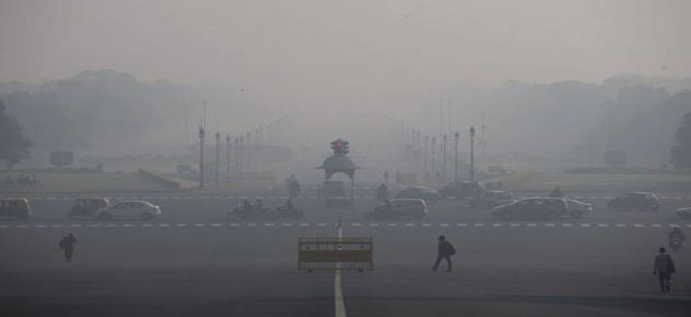 The national capital woke up to witness dense fog as 'severe' air quality was recorded on Christmas eve