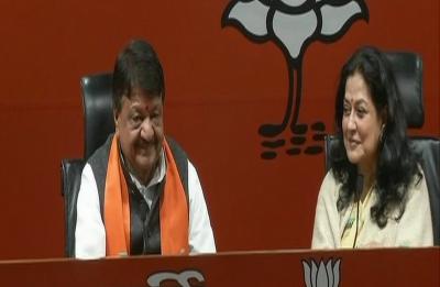 Moushumi Chatterjee, veteran actress and Congress member, joins BJP ahead of 2019 Lok Sabha polls