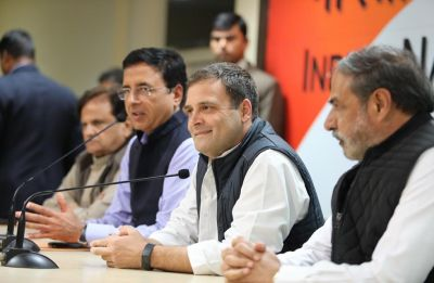Rahul Gandhi challenges PM Modi, wants 20 minutes for one-on-one debate on Rafale deal