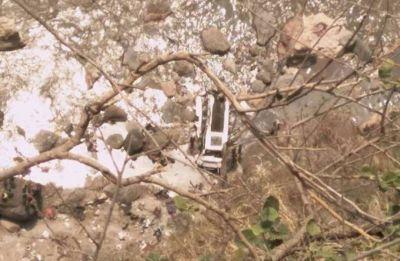 6 children among 7 dead as school bus falls into gorge in Himachal Pradesh