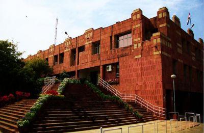 JNUSU calls for two-day strike, alleges varsity spent Rs 13 lakh to host spiritual gurus