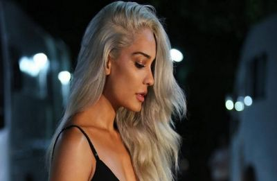 Lisa Haydon's platinum blonde hair colour is perfect for this Winter season