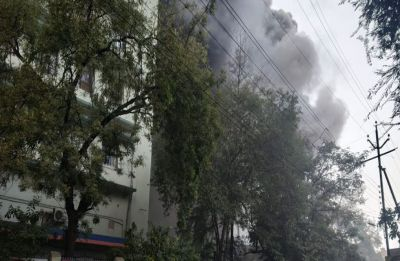 Nagpur: Massive fire erupts at under-construction building near Kingsway Hospital, 2 critically injured