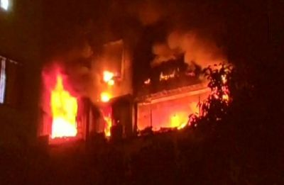 Fire breaks out at 5-storey building in Kolkata