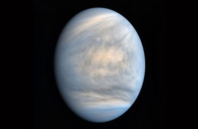 Scientists discover giant streak structure among clouds of Venus