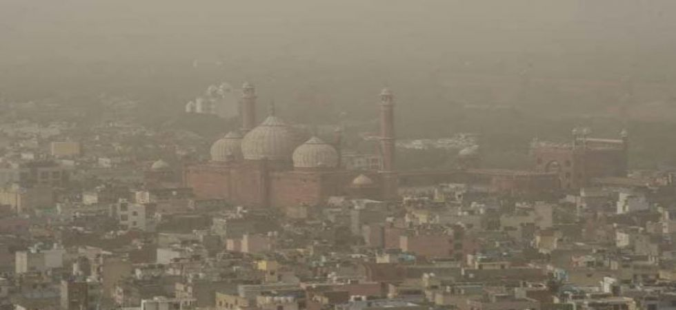 The major pollutants PM 2.5 were recorded at 447 and PM 10 at 436 (severe category) in the Wazirpur area
