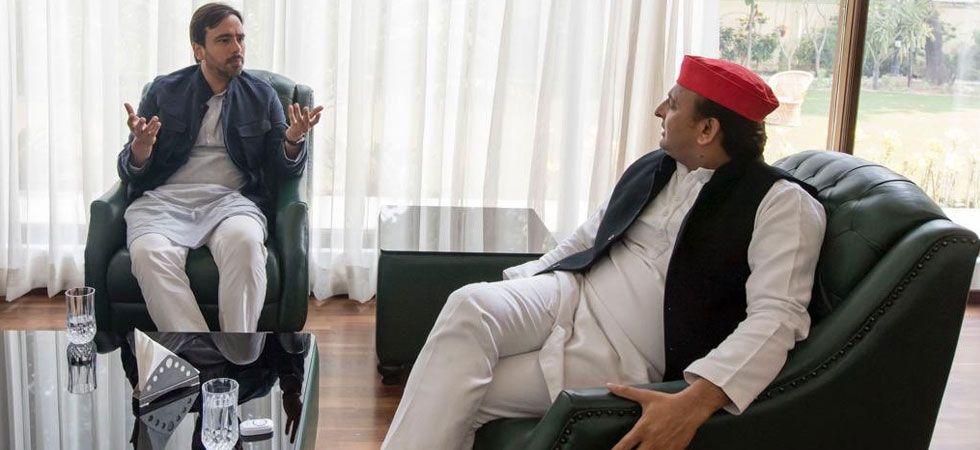 RLD national vice-president Jayant Chaudhary met SP chief Akhilesh Yadav today. (Photo: News Nation)