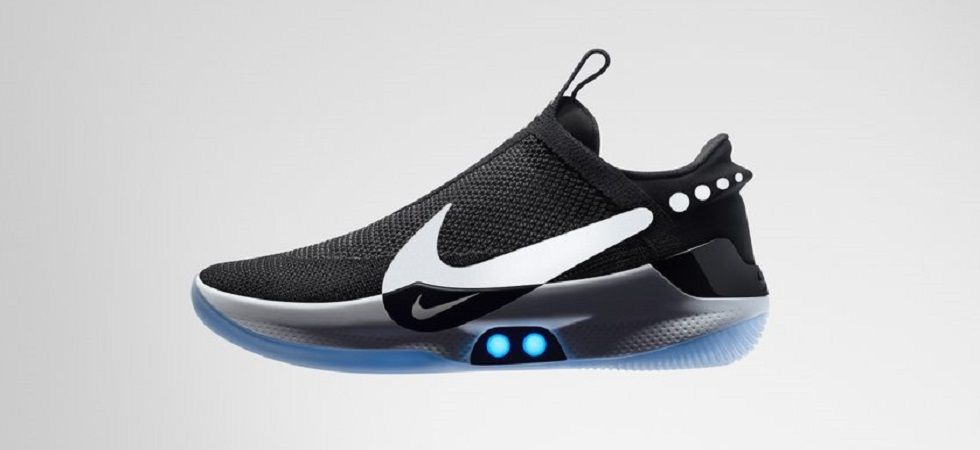 Nike's new sports shoes self-laces and are rechargeable too! (Photo: Twitter)