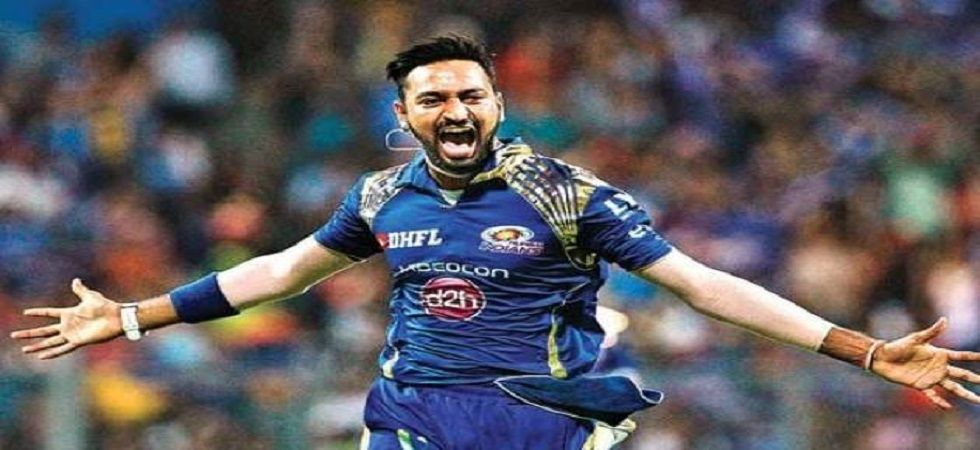 Krunal Pandya hands blank cheque to Jacob Martin's family (file photo)