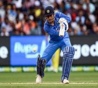 MS Dhoni continues to show he is the death overs boss in splendid blitz at Bay Oval