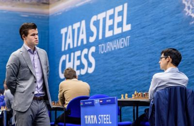 Magnus Carlsen closes in on Tata Steel Chess title, Viswanathan Anand joint-third