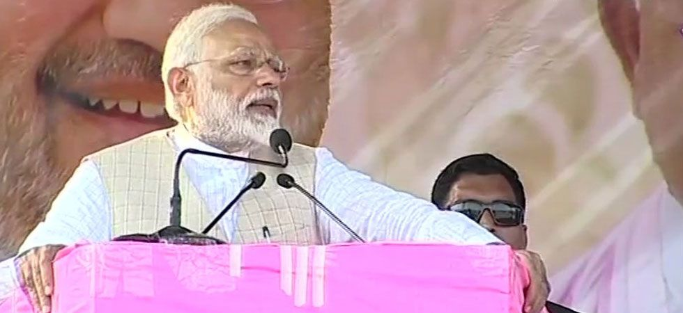 Following the commotion, PM Modi abruptly cut short his speech. (Image Credit: ANI)