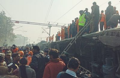 Seemanchal Express: Condolences pour in after train derailment, take a look here