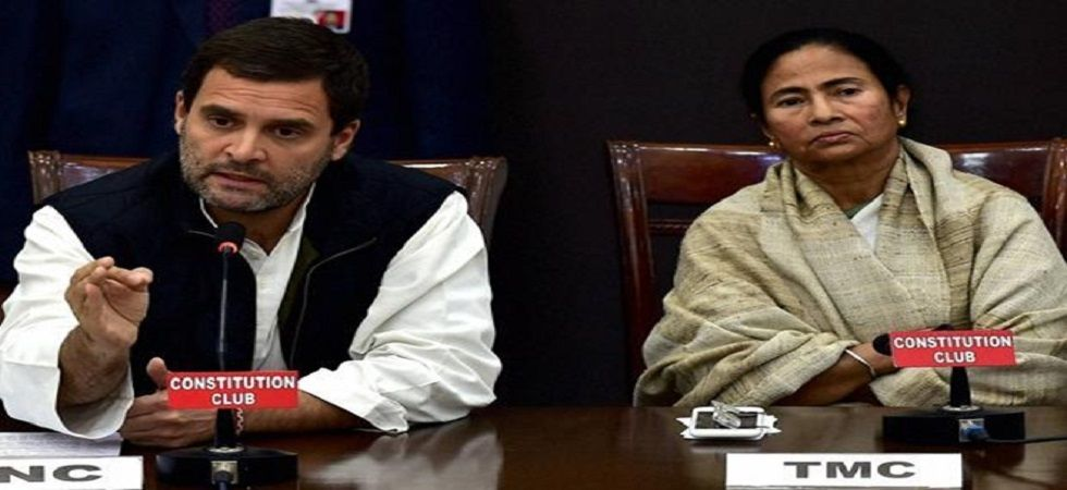 Congress president Rahul Gandhi with West Bengal Chief Minister Mamata Banerjee (PTI/file)