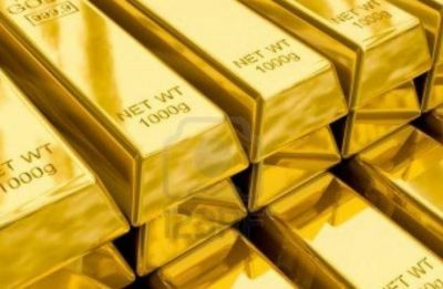 Gold rises tracking firm trend overseas, silver also advances by Rs 170