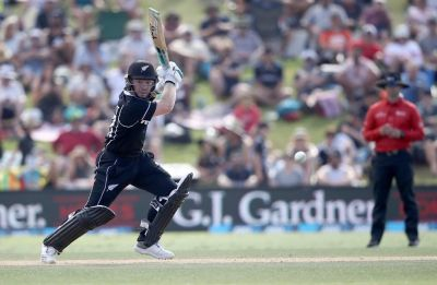Tim Seifert lights up Wellington T20I with blazing knock against India
