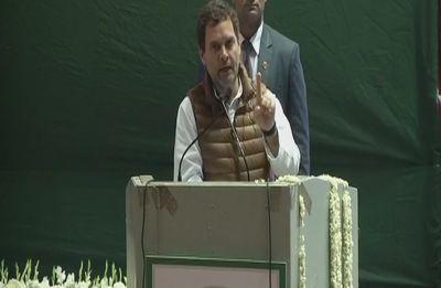 Rahul takes a 'darpok' jibe at Modi, Congress vows to abolish Triple Talaq if voted to power