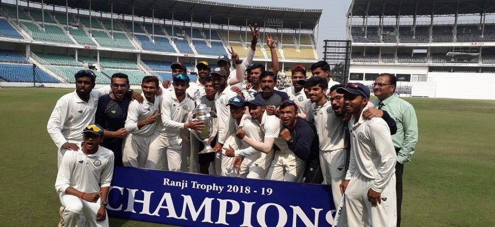 Vidarbha emerged as the champions of the 2018/19 Ranji Trophy by defeating Saurashtra. (Image credit: Nitin Gadkari Twitter)