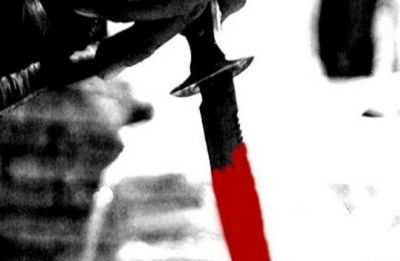 Delhi woman turns down marriage proposal, man stabs her to death in front of daughter