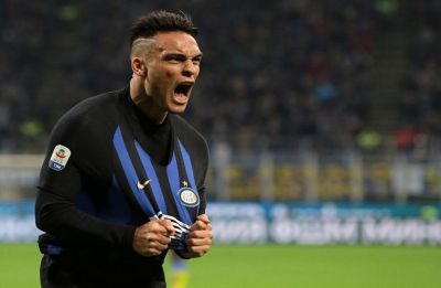 Inter Milan get back to winning ways in Serie A, Napoli stumble behind against Juventus