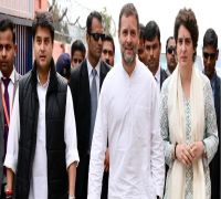 Priyanka Gandhi Vadra makes her grand political entry in UP, injects new energy into party
