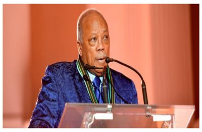 Quincy Jones makes history with his 28th Grammy win