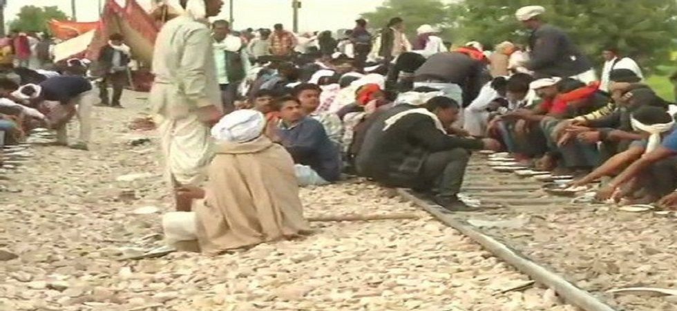 The district collected issued a notice to Gujjar leader Kirori Singh Bainsla asking him to vacate railway tracks. (Photo: ANI)