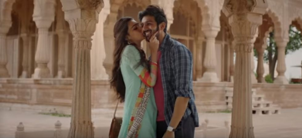 Kartik Aaryan and Kriti Sanon's romantic track will give you relationship goals./ Image: YouTube