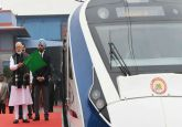 Vande Bharat Express breaks down near Tundla, day after launch