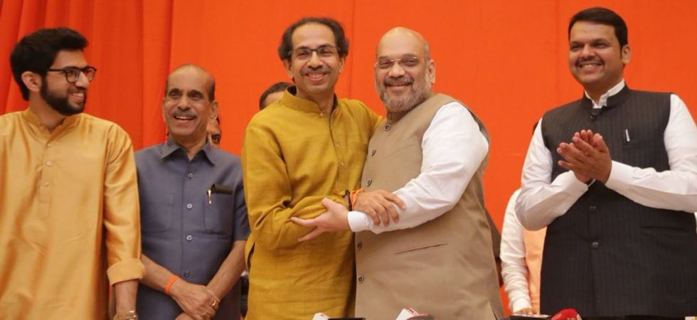 BJP and Shiv Sena will together win 45 out of total 48 seats in Maharashtra,says Amit Shah (Image Credi: Twitter)