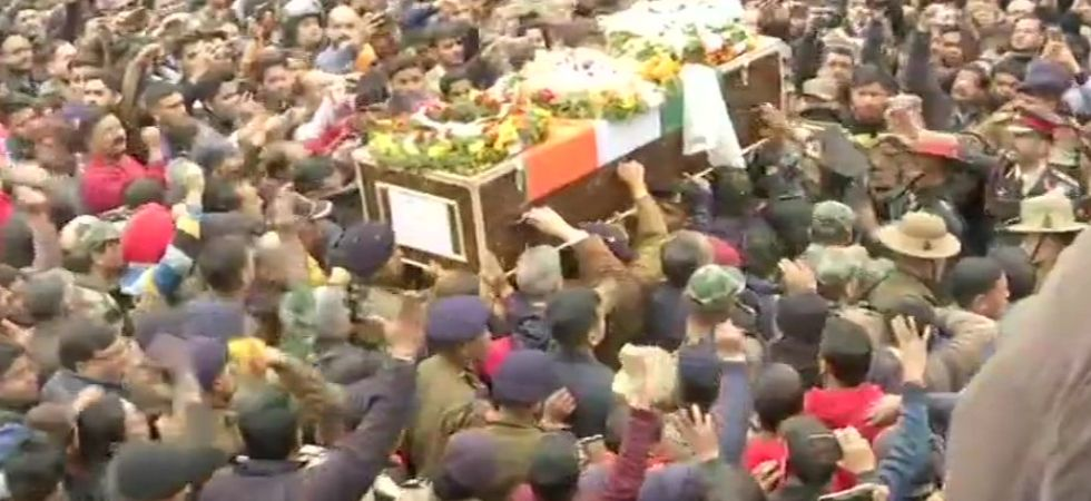 Major Major Chitresh Singh Bisht 'amar rahe'! India bids tearful adieu to Nowshera martyr