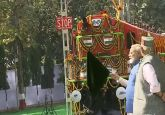 LIVE: PM Modi flags off world's first Diesel to Electric Converted Locomotive in Varanasi