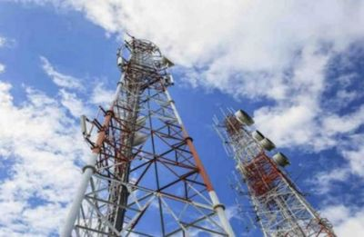 Vodafone, Idea in talks to sell mobile tower stake, optical fibre assets