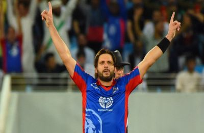 Shahid Afridi blasts IMG-Reliance's pull-out from PSL, backs Imran Khan's statement on Pulwama