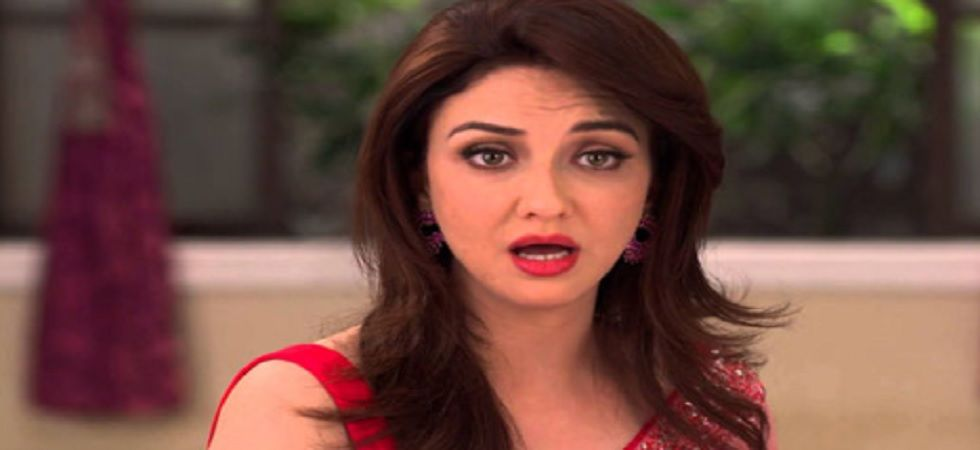 Fire breaks out at Bhabi Ji Ghar Par Hai's Saumya Tandon, actress escapes unhurt