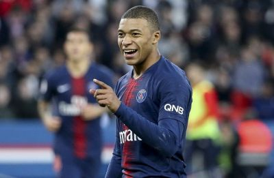 Kylian Mbappe scores twice, Paris Saint-Germain extend lead in Ligue 1