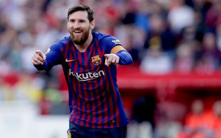 Lionel Messi blasts 50th hat-trick, Barcelona thrash Sevilla
