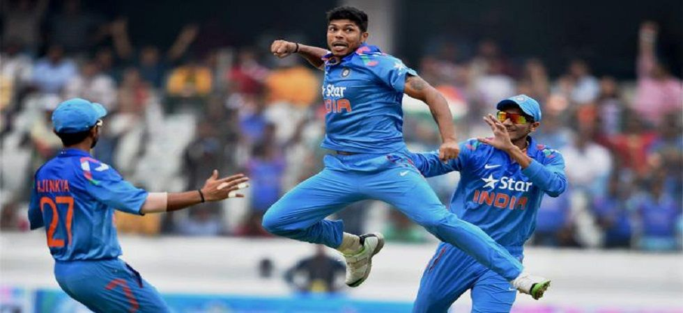 Umesh Yadav struggled to defend 14 runs in the final over during the India vs Australia Twenty20 International in Vizag. (Image credit: Twitter)